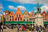 Markt Square with statue of Jan Breydel and Pieter de Coninck, Bruges, Brugge, Flanders,Belgium, UNESCO World Heritage Site.