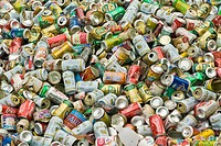 Aluminium cans for recycling