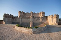The castle was erected by Moorish builders in the mid_15th century for Bishop Alfonso Fonseca, archbishop of Seville and lord of Coca and Alaejos. It ...