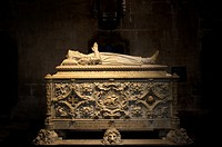 Vasco de Gama's tomb in the Jeronimos Monastery