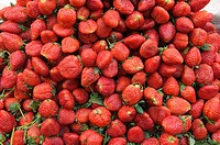 strawberries for sale in Bangkok´s Chinatown