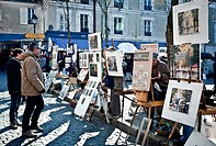 Place du Tertre and painters  Montmartre  Paris, France, Europe