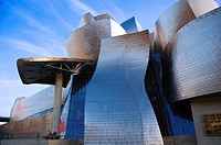 "Facade of Guggenheim Museum and ""Tulips"" sculpture by Jeff Koons, Bilbao, Vizcaya, Basque Country, Spain, Europe"
