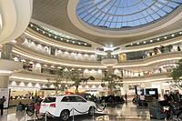 Georgia, Hartsfield-Jackson Atlanta International Airport, ATL, concourse Atrium, restaurants, shopping, concessions, skylight, executive conference c...