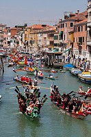 Boat procession during annual Vogalonga The Long Row along Cannaregio´s canal in Venice, UNESCO World Heritage Site, Veneto, Italy, Europe