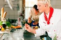 Köche in Restaurant_ oder Hotelküche