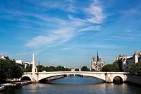 Pont de la Tournelle und Notre Dame