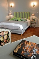 BED AND BREAKFAST, THE AUBERGE GRAND MAISON, MEAUCE, EURE_ET_LOIR 28, FRANCE