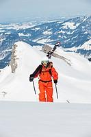 Austria, Kleinwalsertal, Man skiing