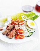 Grilled Steak Salad with Creamy Dressing