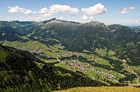 Austria, Kleinwalsertal, Germany, Bavaria, Schlappoltkopf, View of Allgaeu Alps