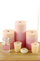 Candles burning in spa (thumbnail)