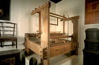 OAK LOOM, 18th CENTURY.German-style oak loom from Pennsylvania, 18th century.