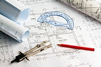 Bauplan für ein Wohnhaus. Zeichnungen und Päne eines Architekten.