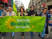 Paris, France, French Demonstration Against Nuclear Power, Green Party (Europe Ecologie/ Les Verts) Politicians, Holding Banner