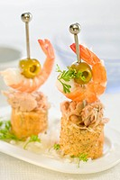 Tuna,shrimp and olive mini skewers
