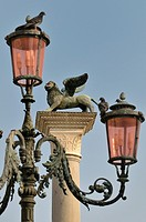 Column with a statue of winged lion, symbol of St Mark, Piazzetta di San Marco, Venice, Veneto, Italy