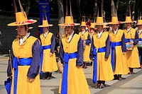 Changing of the Guards, Deoksugung Palace, Palace of Virtuous Longevity, Seoul, South Korea, Asia