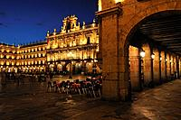 Europe, Spain, Castile and Leon, Salamanca, View of Plaza Mayor with city square at night