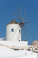 Windmill on the Greek island of Santorini, Cyclades Islands, Cyclades Prefecture, Greece, Europe