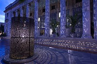 CALOOSAHATCHEE MANUSCRIPTS LIGHT SCULPTURE ART MUSEUM FIRST STREET HISTORIC DISTRICT FORT MYERS FLORIDA USA