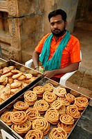 Peddler  Madurai, Tamil Nadu, India, Asia