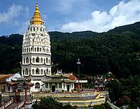 Kek Lok Si Temple,the Temple of Supreme Bliss is a Buddhist temple. Its pagoda is seven stories high and was completed in 1906