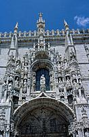 Belem. Mosterio dos Jeronimos. Monastery. Entrance gate. Carved stone,statues.
