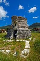 Gubbio, Roman Mausoleum, Umbria, Italy, Europe.