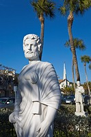 Statues, St Armands Circle, Sarasota, Florida, USA