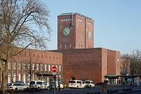 Stadtseite, 1930 bis 1934 erbaut, Architekt: Schwingel und Reichsbahnoberrat Herrmann