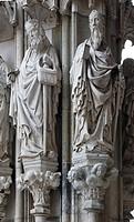 Hauptportal, Paulusfigur am Freipfeiler
