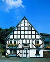 Timber_framed house in Northrhine_Westphalia, Germany