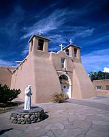 Church of San Francisco De Asis, Taos, New Mexico, USA