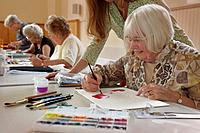 senior community arts & crafts group