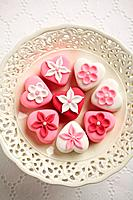 Petit Fours (thumbnail)
