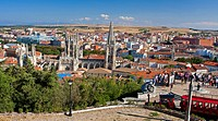 view from a gazebo on the city dominated by the cathedral, Spain, Kastilien und Len, Burgos, Burgos