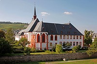 geography / travel, Germany, Rhineland_Palatinate, Bernkastel_Kues, Moselle, Kues district, Saint Nicholas Hospital and Cusanus abbey, exterior view,