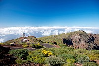 La Palma observatories over clouds