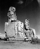geography / travel, Egypt, Thebes West Bank, Colossi of Memnon, statues of King Amenhotep III circa 1402 _ 1364 BC, 18th dynasty, photo taken circa 19...