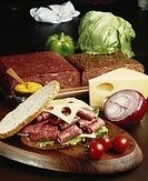 Meat sandwich on chopping board, close_up