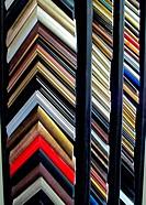 Framing frame corners display shelves