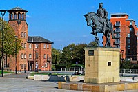 A statue in Derby, England commemorates the place where Bonnie Prince Charlie, the pretender to the English throne in the rebellion of 1745, stopped a...