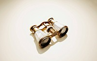 Antique binoculars (thumbnail)