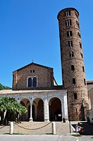 Ravenna (Italy): the Basilica of Sant'Apollinare Nuovo