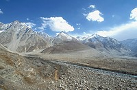 Chandra River and the Himalaya Mountains, Kaza, Himachal Pradesh, India