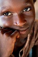 Africa, Guinea_Bissau, African girl smiling, portrait