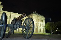 Cannon in front of the Texas State Capitol in Austin