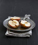 Baked apples with butter