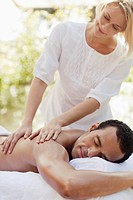 Man getting back massage